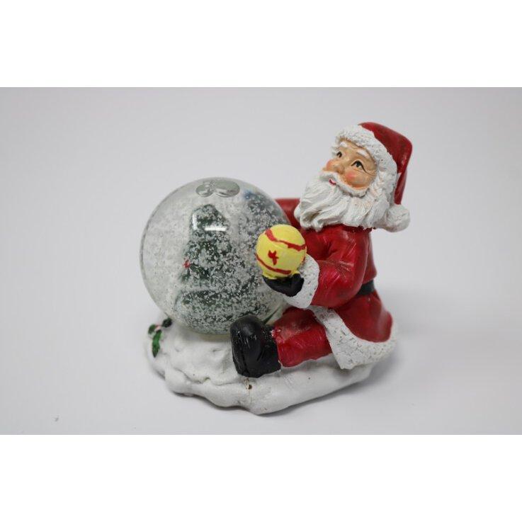 Weihnachtsmann mit Schneekugel ca. 8 cm